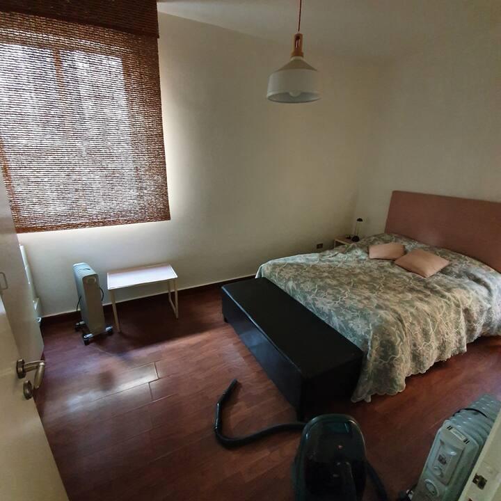 petit appartement entierement meuble