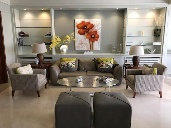 Luxury Fully Furnished 3 Bedrooms Apartment Verdun