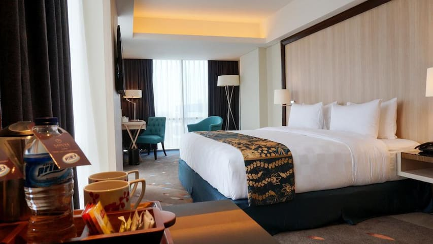 1 Room Only City View - Louis Kienne Semarang