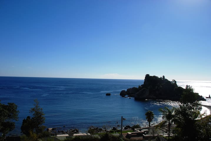 ISOLABELLA SEAFRONT APARTMENT - Mazzarò - อพาร์ทเมนท์
