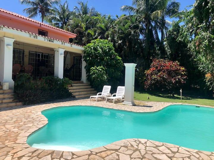 The Encuentro Surfing Villa
