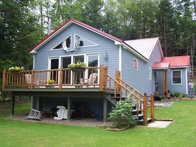 Cozy Cottage on 6th Lake, Inlet, NY