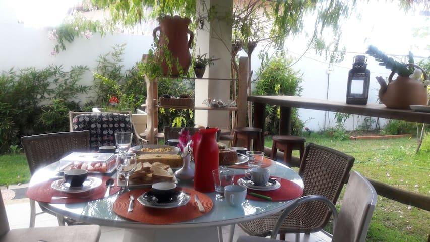 café da manhã, espaço verde!!