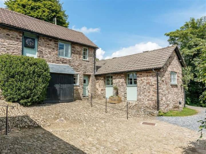 Beautifully located in the centre of Exmoor