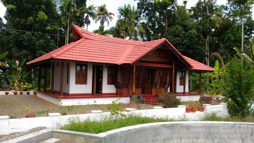 Vacation Waterfront Villa - 1 Bedroom - Backwaters - Alappuzha - Rumah