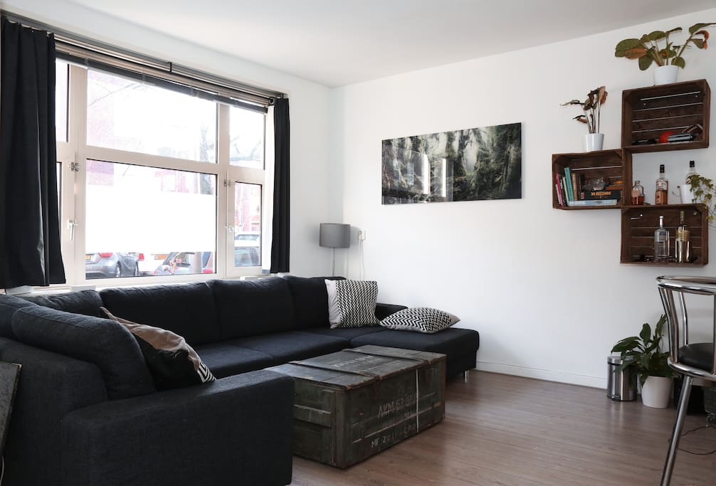 Comfy appartment with terrace reihenh user zur miete in for 4 holland terrace needham ma