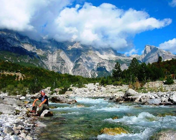 Jezerca Guesthouse - Choose Balkans - Bajram Curri - Pensió
