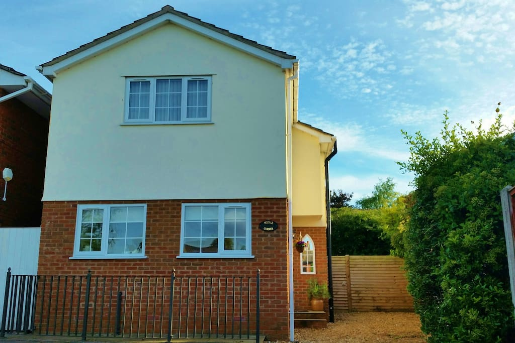 Mickle Corner a modern detached cottage, available for short stays all year round