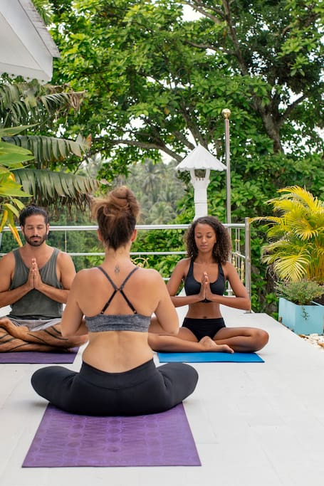 Unwind and Unravel: Yoga and Meditation