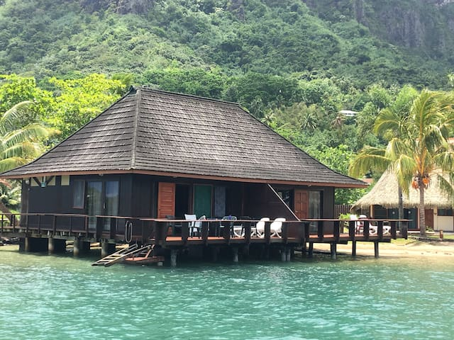 Club Bali Hai Moorea  Duplex Overwater #41-42 - Paopao - Bungalow