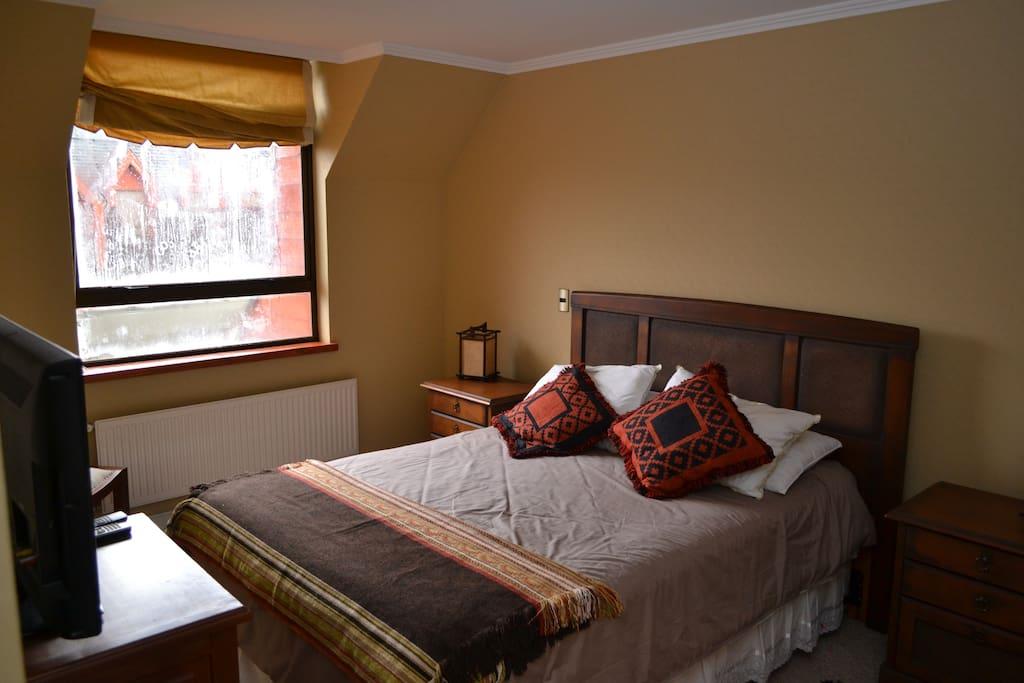 Dormitorio Principal ubicado en el primer piso