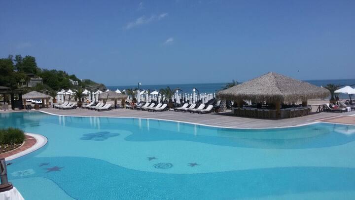 Квартира в спа отеле на берегу моря