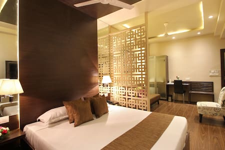 Suite Stay @ Nampally - Hyderabad