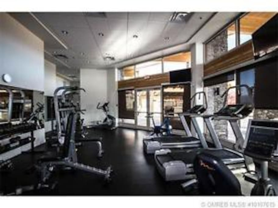 Great little gym with everything that you need for a good work out. Then follow your work out in the steam room, sauna, hot tub, or a swim.