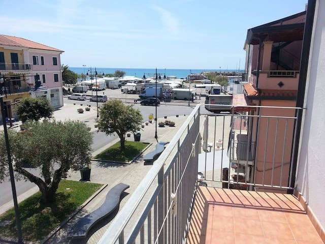 Apartment with balcon - Marina di Casal Velino - Daire