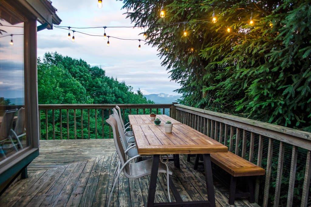 Al Fresco dining on the back deck