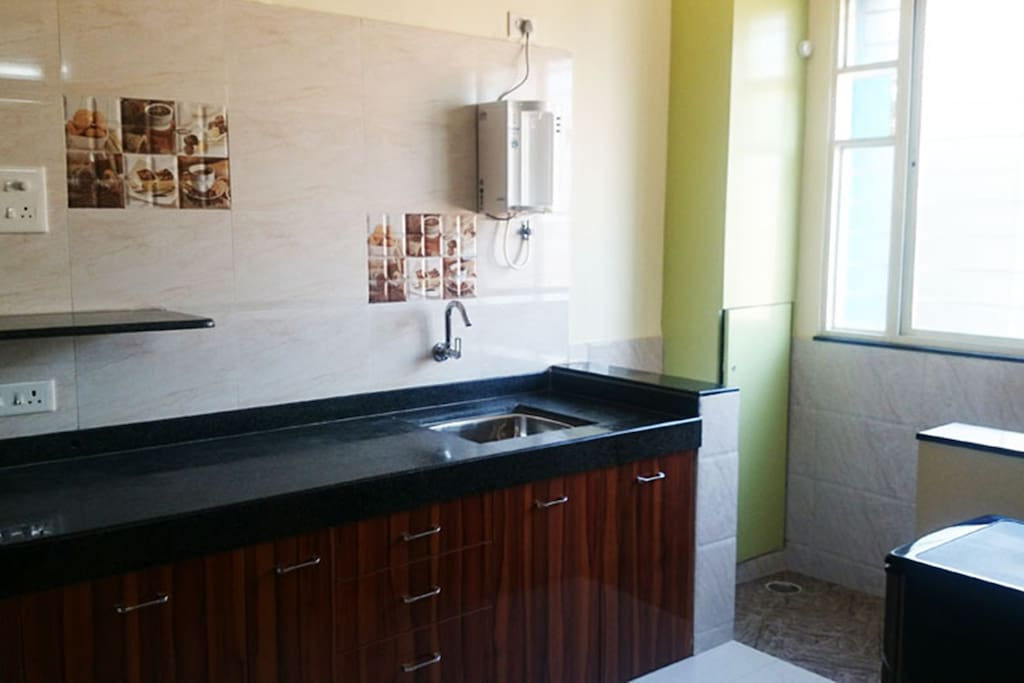 Kitchen & Dry Balcony