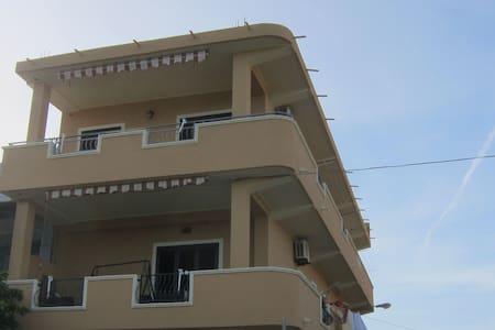 Superbe appartement avec vue sur la mer à Capo Rizzuto