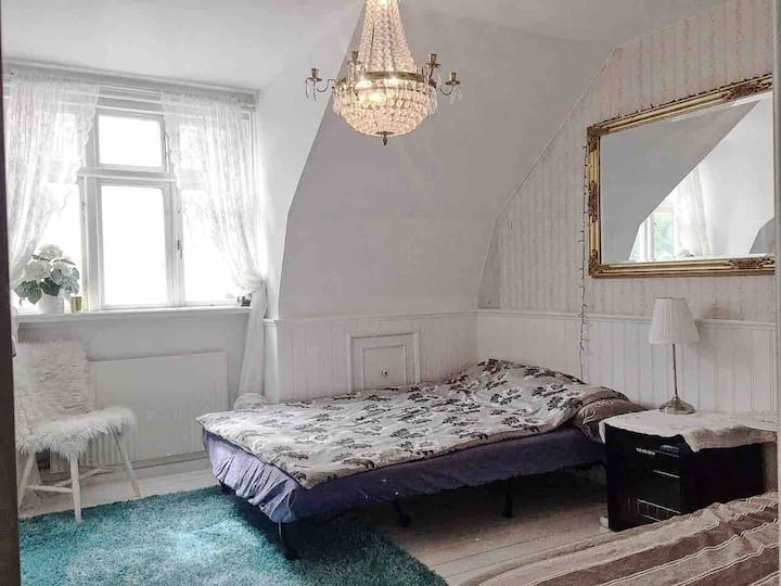 Private Room in center Helsingborg (5min to beach)