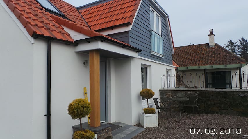 Modern boutique  holiday home near St Andrews
