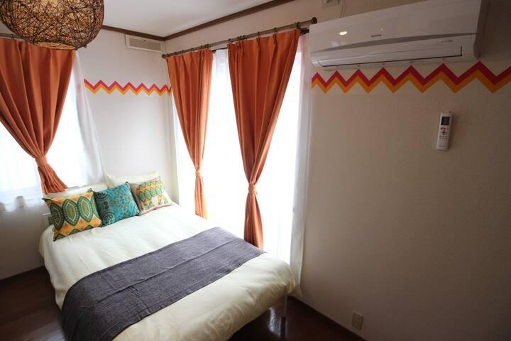 Bedroom B 1 three-quarter size bed and 1 three-quarter size Futon mattress