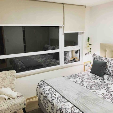 Dpto 1D cama King Size y single  SleepWell Suites