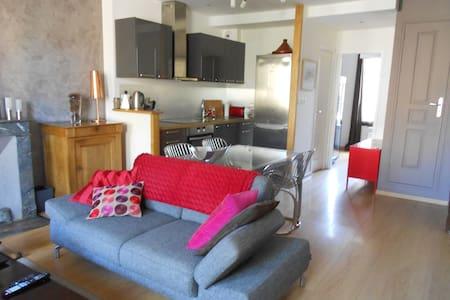 Appartement duplex rénové en centre-ville 3/4 pers - Cancale