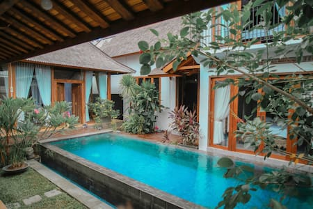 1BR Poolside Luxurious Villa in Banda Aceh