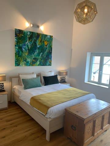 Magnificent new house `` Sans Souci ''