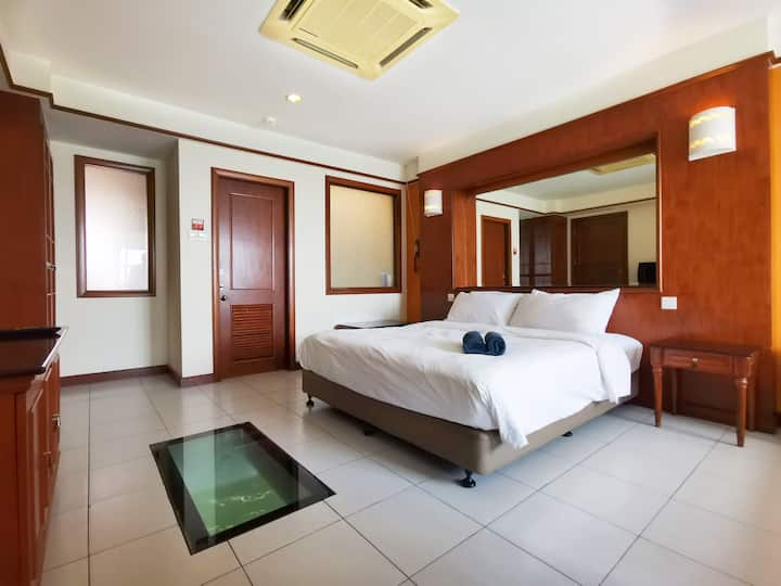 Lexis PD Water Chalet-Direct Seaview (Up to 4 Pax)