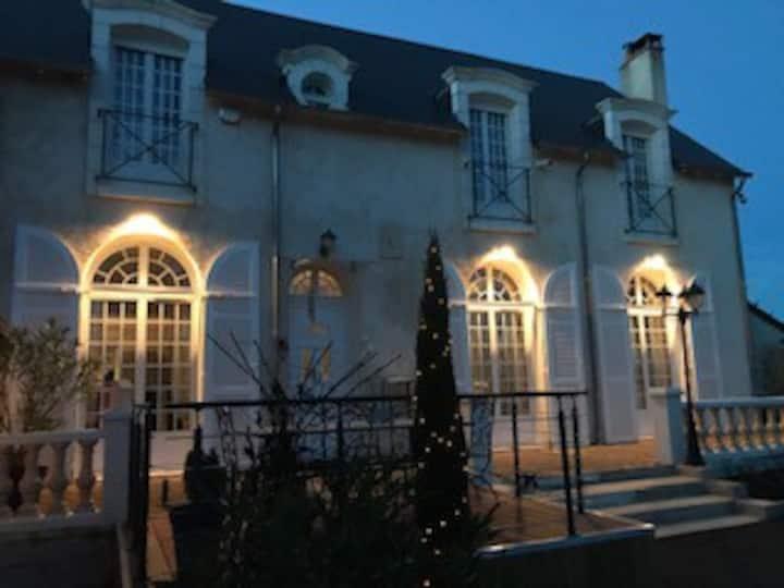La chambre Romantique à la Carrière à Charentilly.