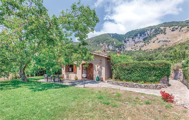 Holiday cottage with 2 bedrooms on 80m² in San Giovanni a Piro SA