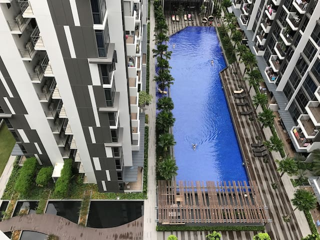 Brand new en-suite apartment, resort style condo - Singapore - Byt
