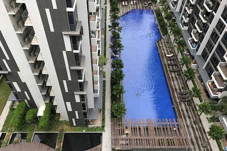 Brand new en-suite apartment, resort style condo - Singapura