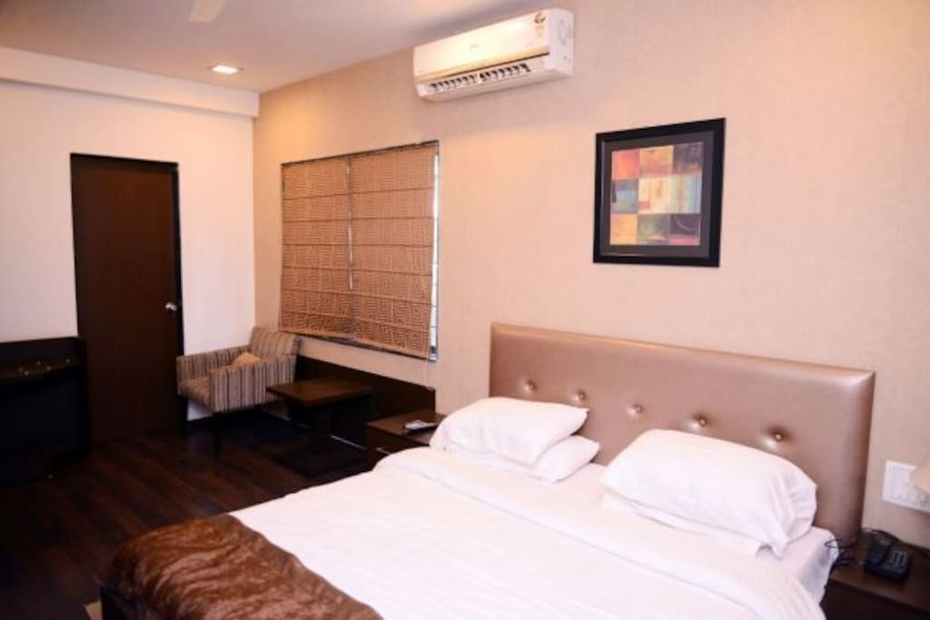 Executive AC Rooms With Free B/F. & WiFi*