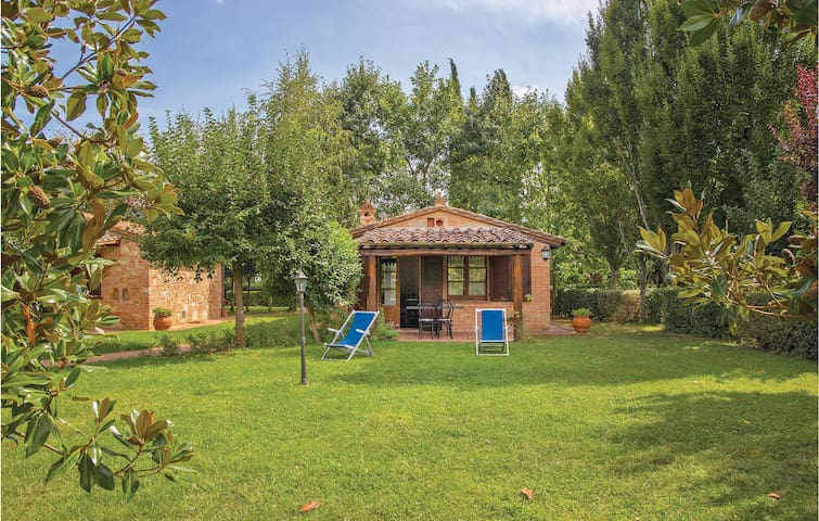 Holiday cottage with 1 bedroom on 57m² in Castiglino del Lago PG