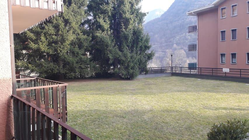 Un ottimo bilocale per piscina, sci e bike - Moggio - 公寓