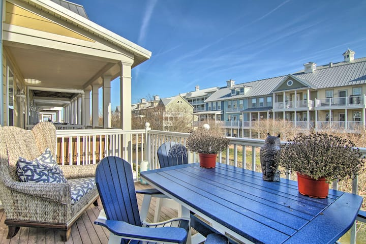 NEW! Resort-Style Townhome w/ Beach & Pool Access!