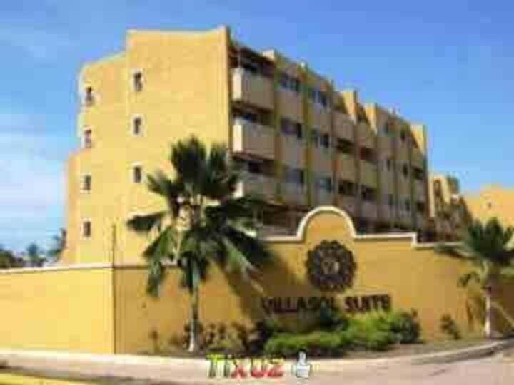 Apartamento- Acceso directo a Playa los canales