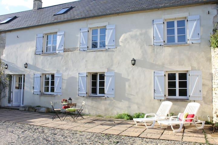 Le Gîte de La Grange - Martragny - Hus