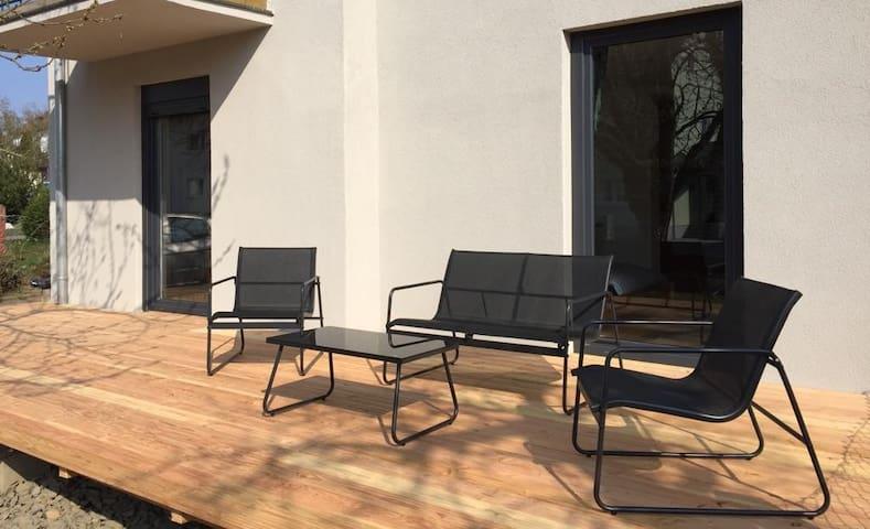 NEU TINOsHOME Gartenwohnung mit Terrasse Rosenberg