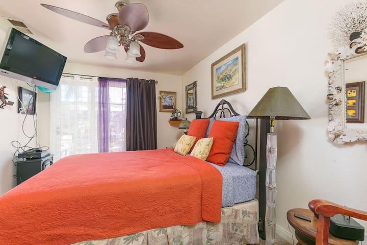 Palm Whisper Bedroom