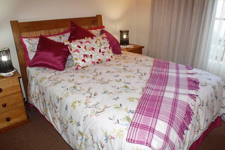 Tidal Melody Manor, Bedroom 2
