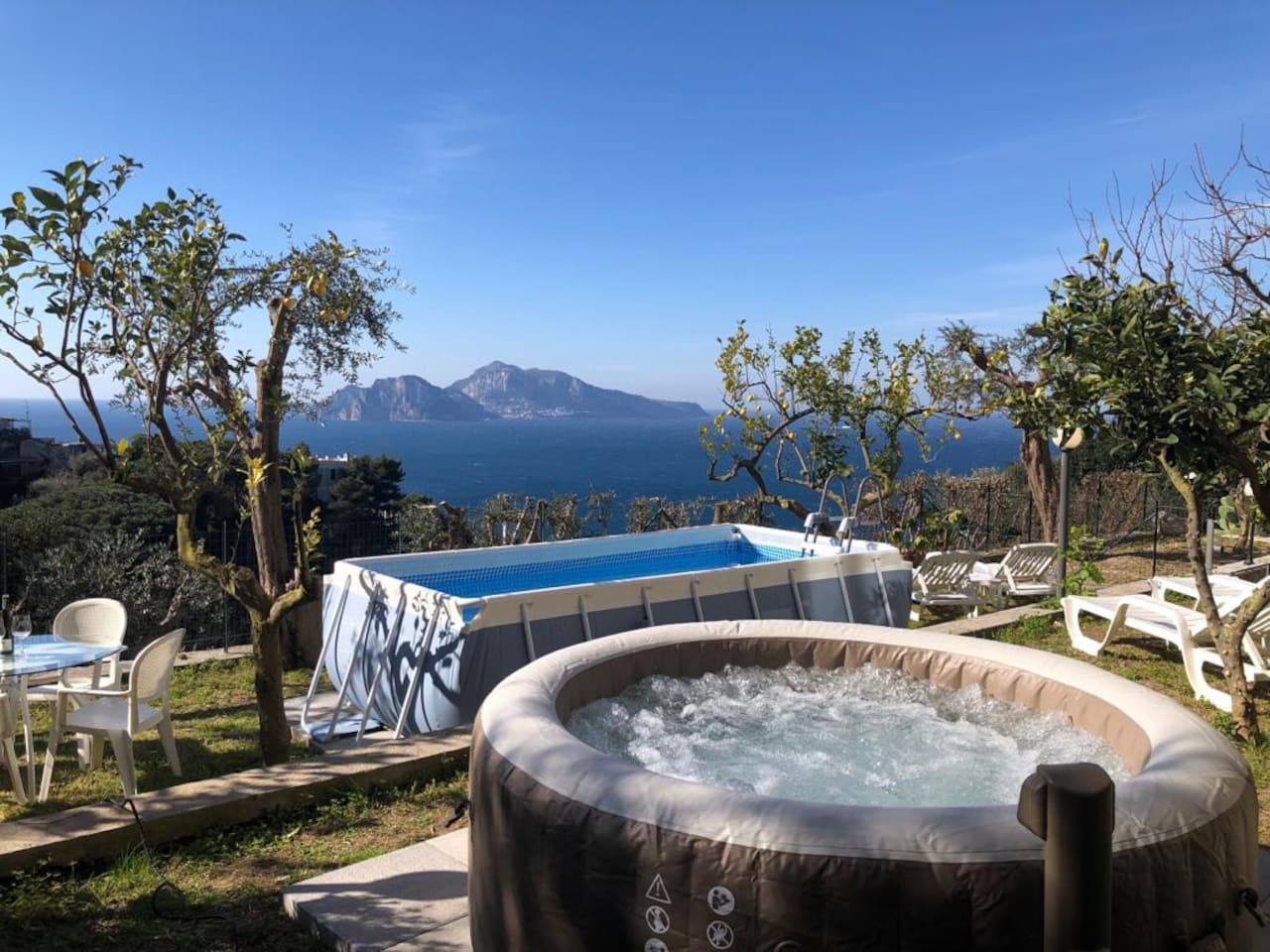 The Jacuzzi and Pool - Amazing Capri view from villa