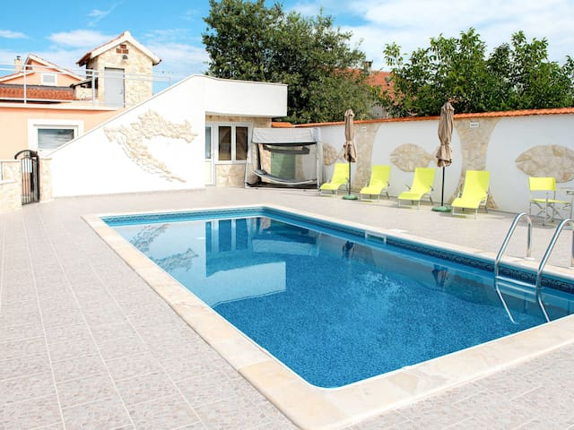 Holiday House Nadalina for 10 persons in Vodice