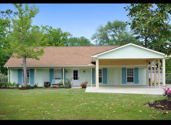Family Beach House 5Bd 3Ba