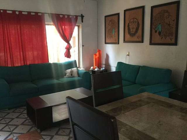 Hermosa casa en Melaque de lujo/playero - San Patricio - Haus