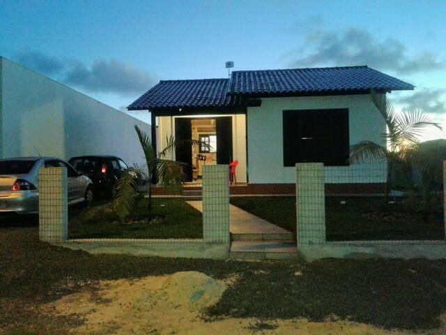 Casa em Bella Torres SC praia  calma e tranquila