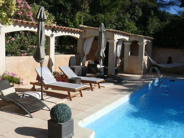 Bel Appart dans villa avec piscine - Ceyreste - Daire