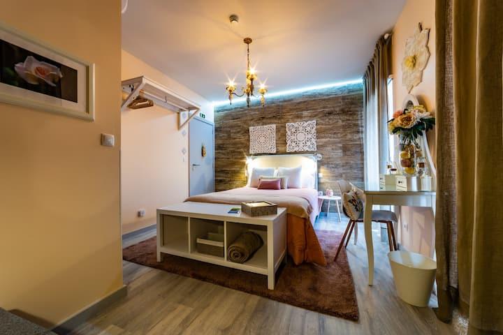 My Bed in Pico - Romantic Vintage Room